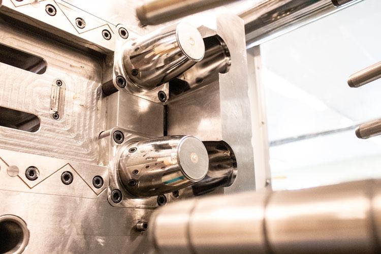 DONATH Kunststoff Produktion 2